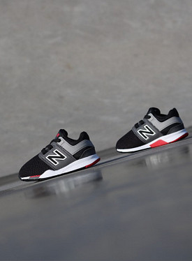 247 Black/Red TS