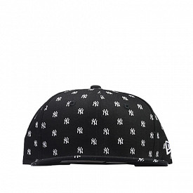 9FIFTY NY Yankees All-over-print Black Youth