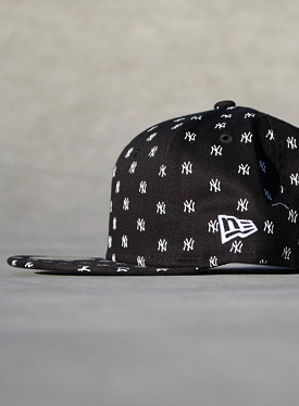 9FIFTY NY Yankees Logo's Black Youth