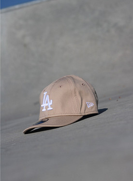 9forty LA Dodgers Sand/White Infant