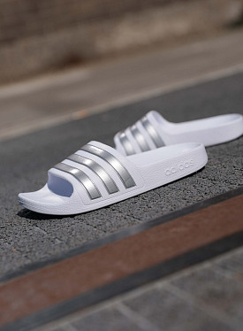 Adilette aqua slides White/Silver PS
