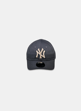New York Yankees Essential 9Forty Graphite Stone Infant