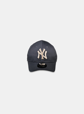 New York Yankees Essential 9Forty Graphite Stone Toddler