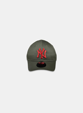 New York Yankees Essential 9Forty Khaki Olive Red Toddler