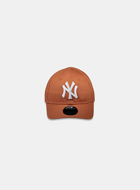 New York Yankees Essential 9Forty Toffee White Infant