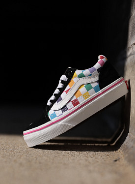 Old skool Rainbow/Checker PS