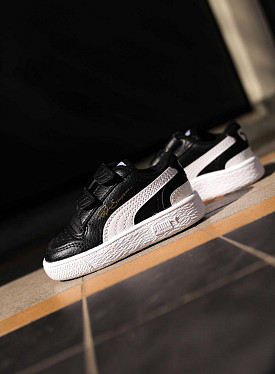 Ralph Sampson low black/white TD