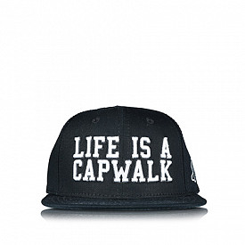 Snapback Life is a capwalk Black TS