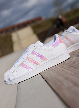 Superstar white/irrisedent GS