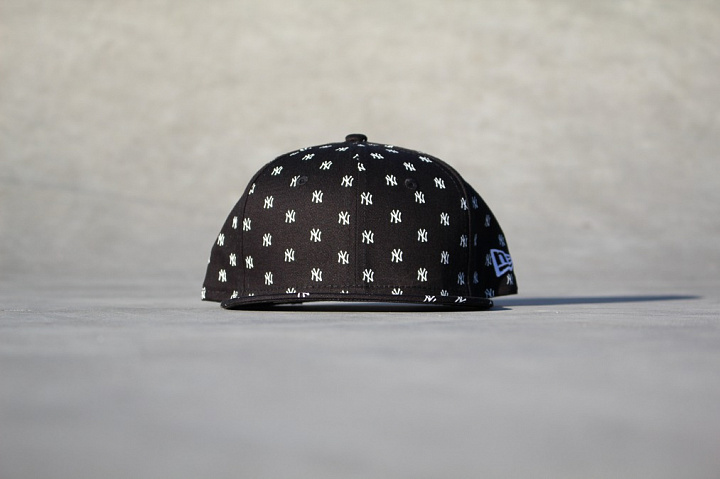 9FIFTY NY Yankees Logo's Black Youth (0)