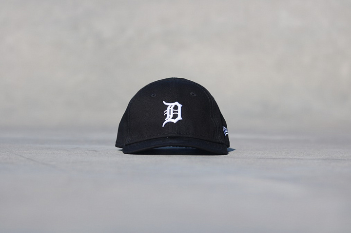 9forty Detroit Tigers Black/White Infant (0)