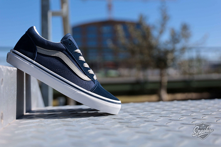 Old skool dress-blue GS (0)