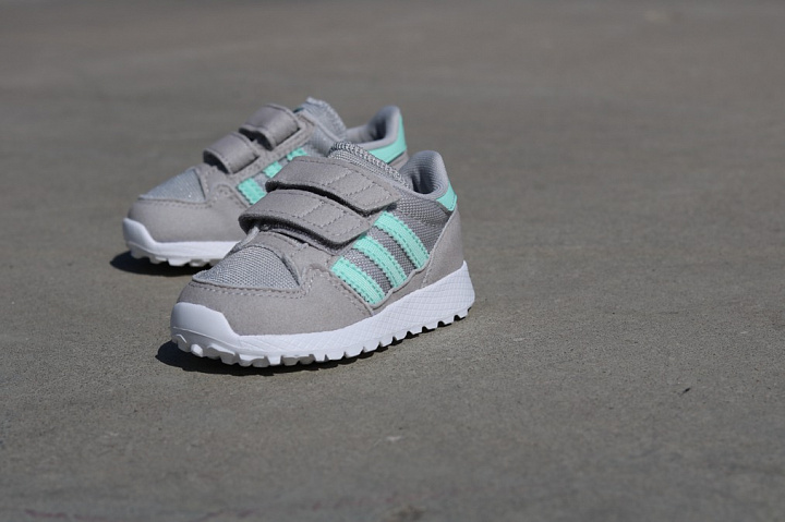 Forest Grove Grey/Mint TS (2)