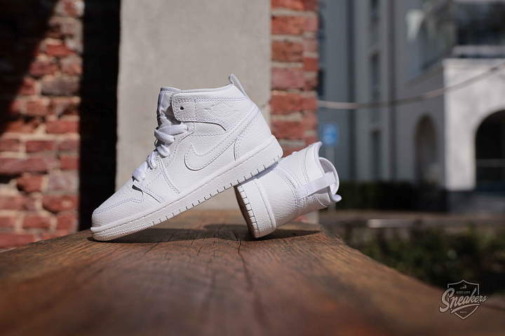 Jordan 1 mid white PS (3)