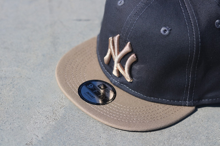 9fifty NY Yankees Grey/Sand (1)