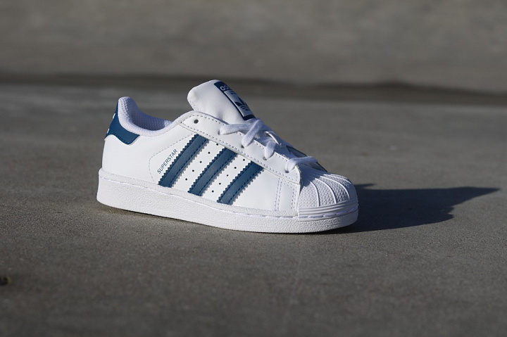 Superstar White/Navy PS (0)