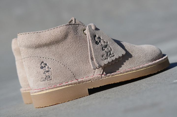 Desert boot sand mickey-mouse (6)