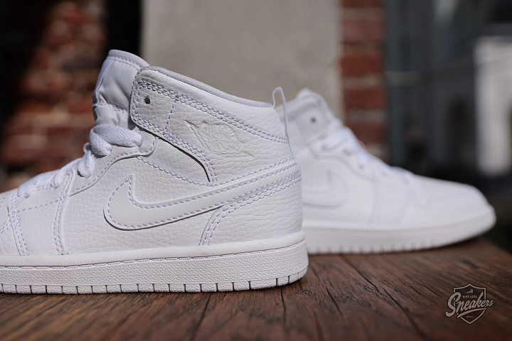 Jordan 1 mid white PS (1)