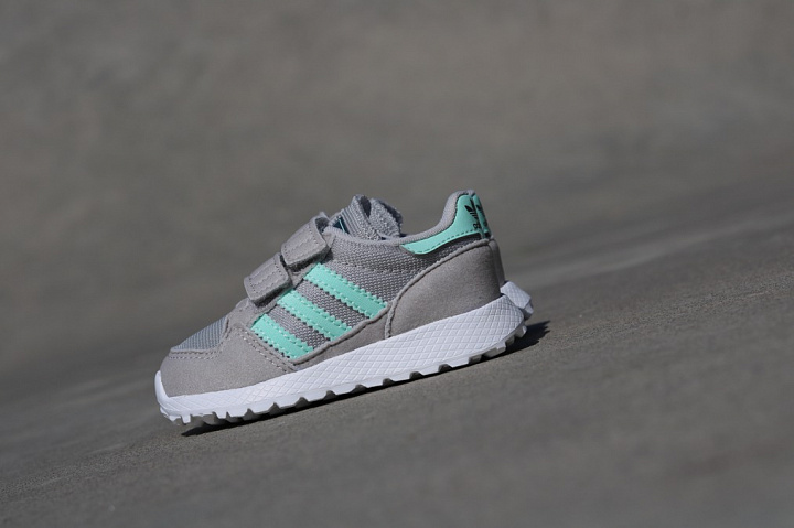 Forest Grove Grey/Mint TS (1)