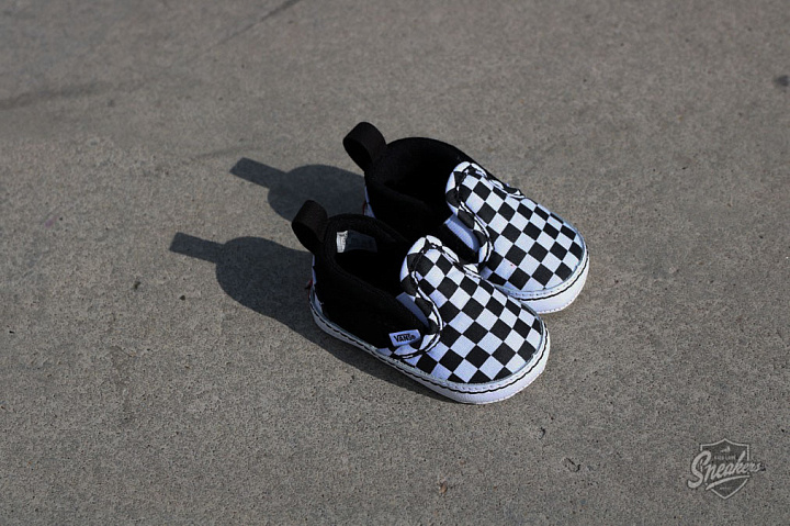 Slip-on V  Checker/Black Crib  (2)