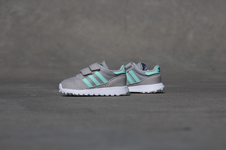 Forest Grove Grey/Mint TS (4)
