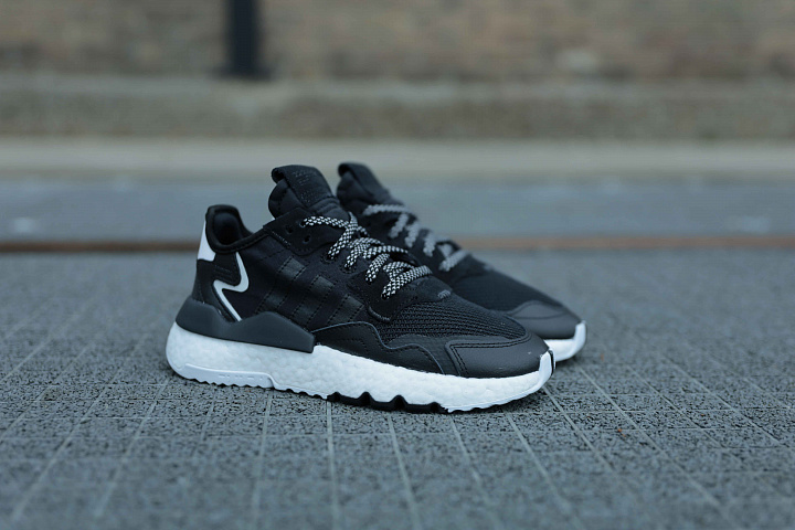 Nite jogger Black/White GS (1)