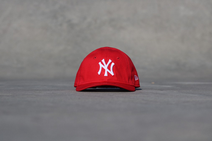 9forty NY Yankees Red/White Infant (0)