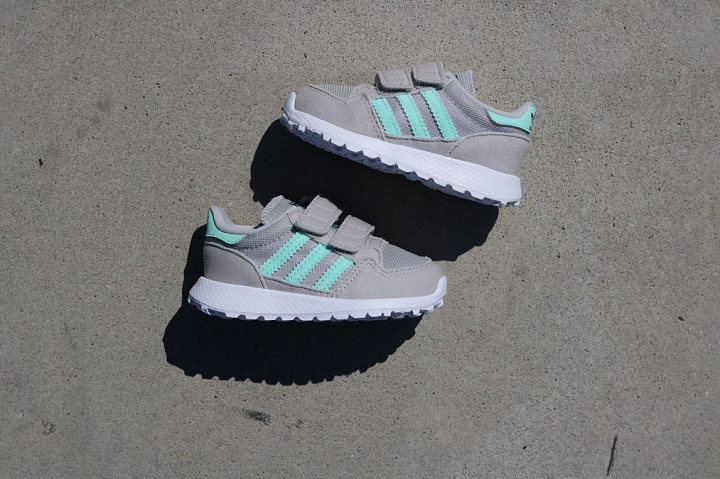 Forest Grove Grey/Mint TS (6)