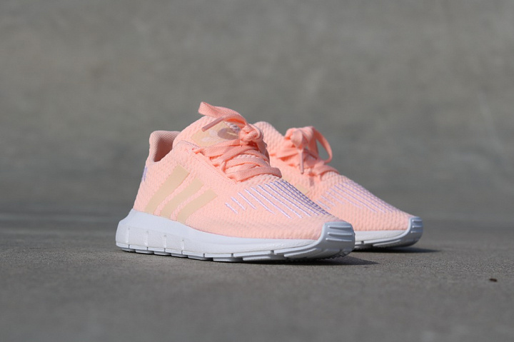 Swift Runner Salm/pink  PS (4)