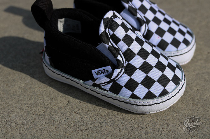 Slip-on V  Checker/Black Crib  (4)