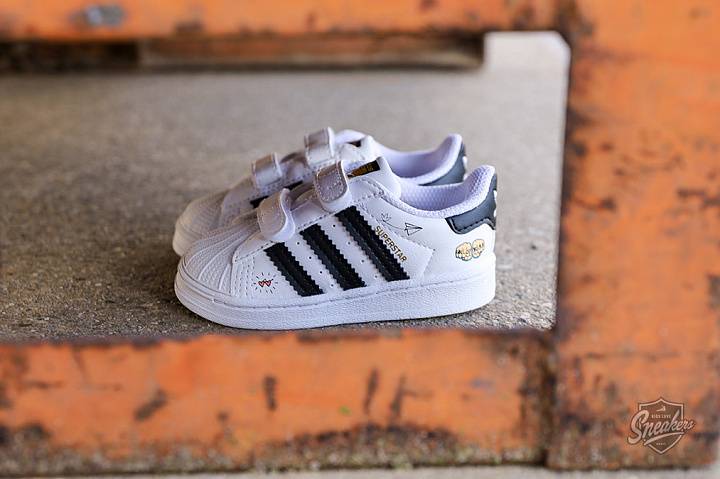 Superstar V Graphic Cloud White Core Black TD (0)