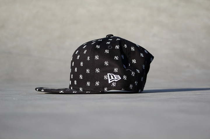 9FIFTY NY Yankees Logo's Black Youth (1)