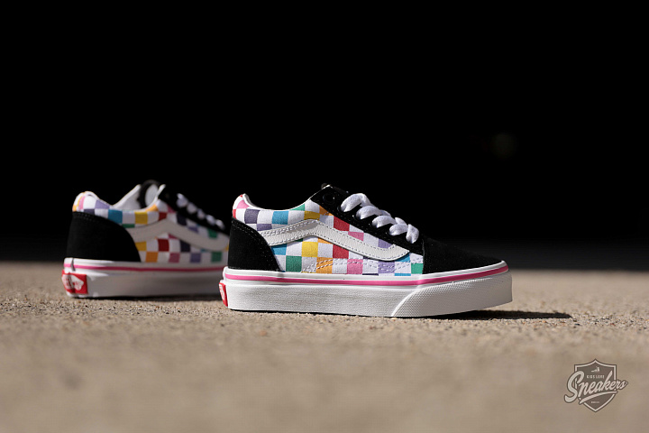 Old skool Rainbow/Checker PS (1)