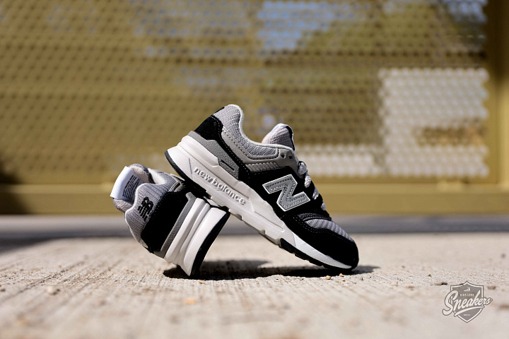997 Black/Grey/White PS (1)