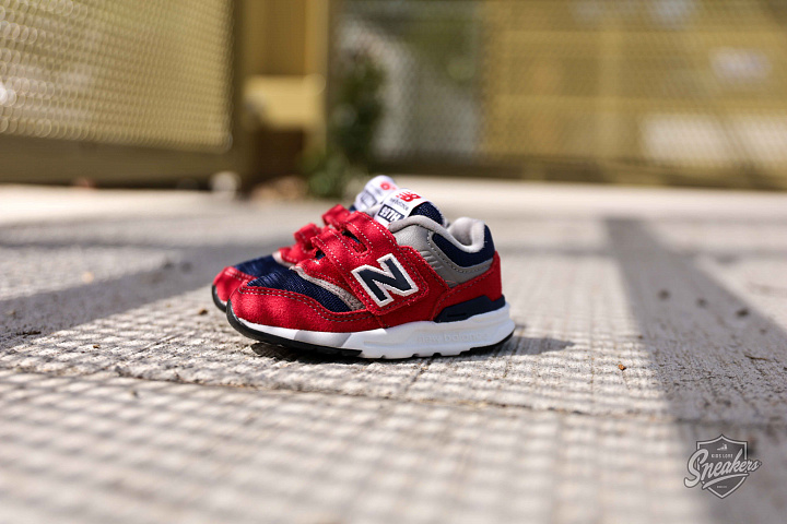 997 Red/navy TS (0)