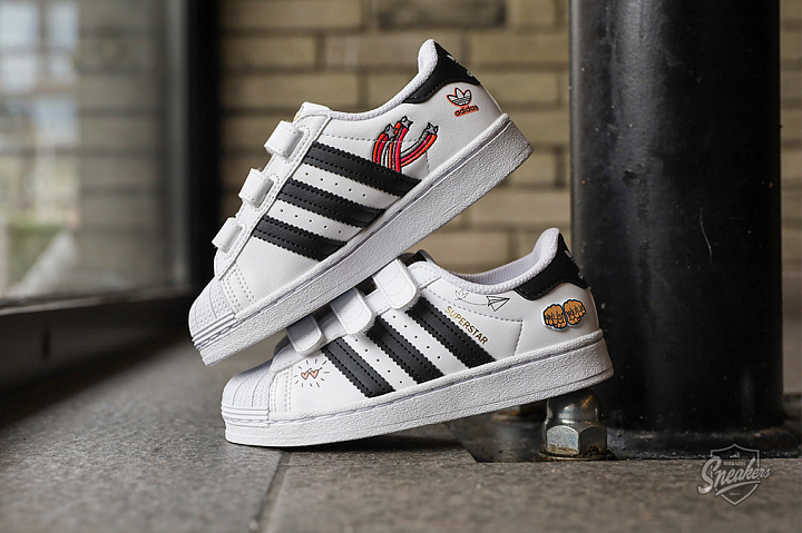 Superstar V Graphic Cloud White Core Black PS (0)