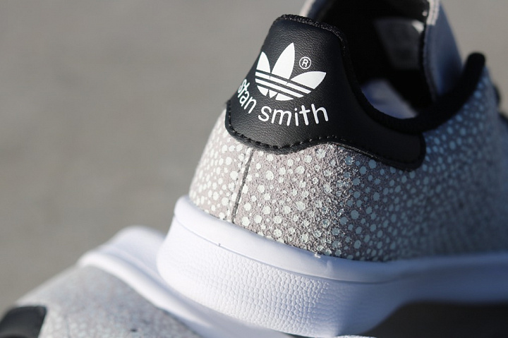 Stan smith Glow/Speckle Grey PS (5)