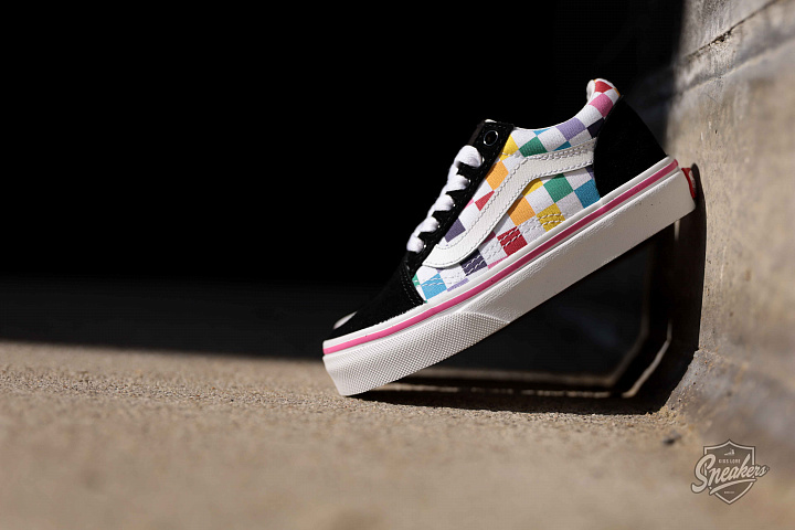 Old skool Rainbow/Checker PS (0)