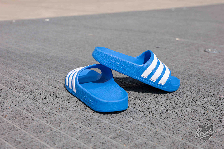 Adilette aqua blue white ps (1)