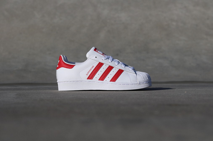 Superstar White/Red GS (0)