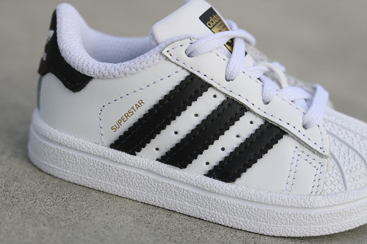 Superstar O.G White/Black TS (4)