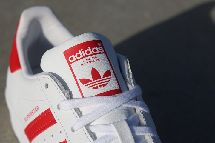 Superstar White/Red GS (2)