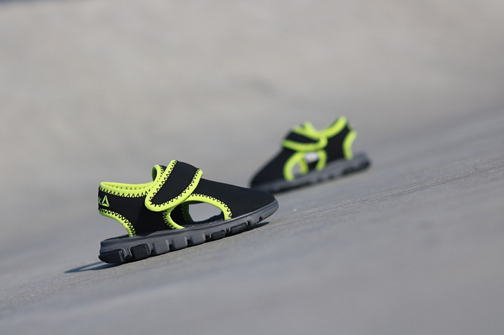 Wave glider black/Green TS (2)